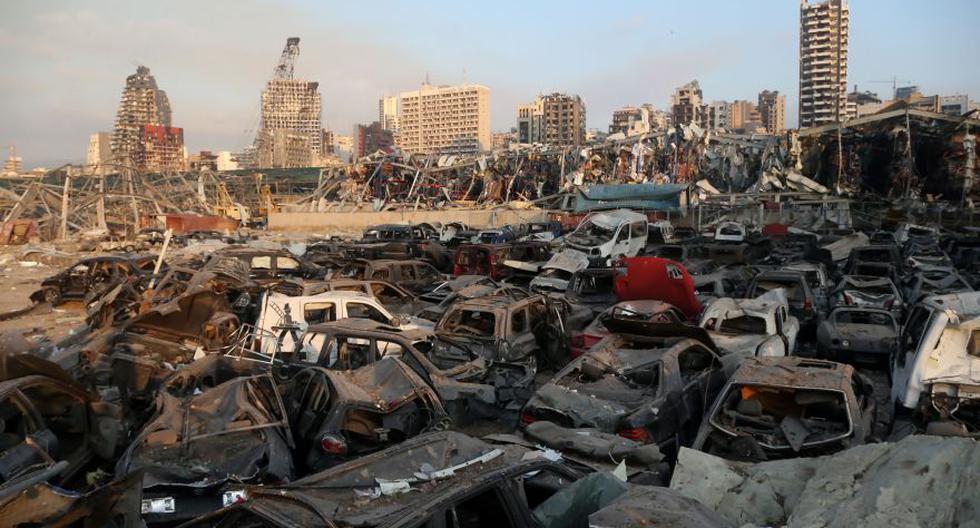 Dos violentas explosiones en el puerto de Beirut, capital del Líbano, dejaron este martes mas de 60 muertos y unos 3.000 heridos. (Foto: EFE / EPA / IBRAHIM DIRAN)