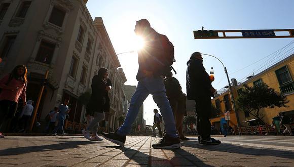 n Lima Oeste, la temperatura máxima llegaría a 22°C, mientras que la mínima sería de 17°C.  (GEC)