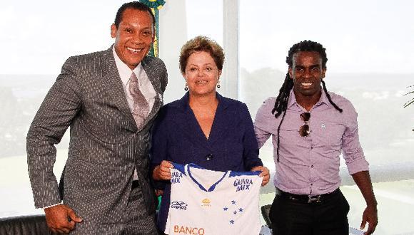 Tinga se reunió con presidenta brasileña para hablar de racismo