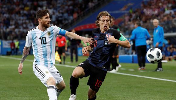 En la fase de grupos, Argentina fue goleada por Croacia. Lueego del 3-0, Lionel Messi tuvo un notable e inesperado gesto con la selección liderada por Modric. (Foto: EFE)
