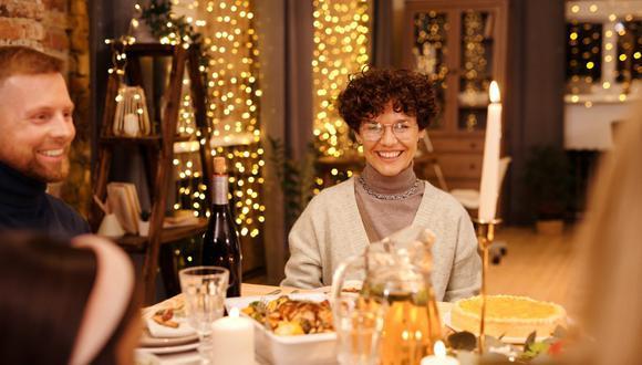 Los expertos en etiqueta aconsejan cómo rechazar una invitación de Acción de Gracias. (Foto: Nicole Michalou / Pexels)