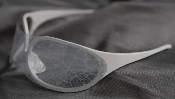Inventan lentes que impiden el reconocimiento facial en fotos