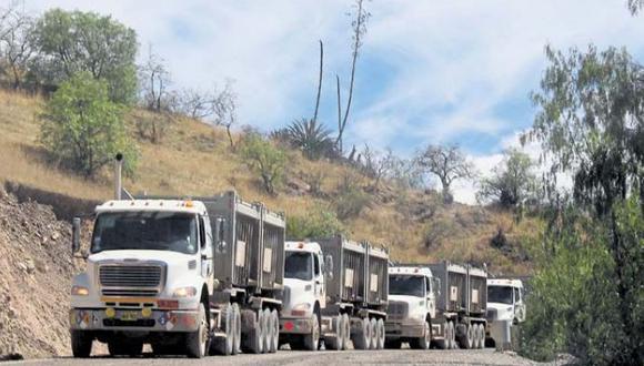OEFA determinó que los vehículos con concentrado de mineral de Las Bambas deberán circular en un rango determinado de horas.