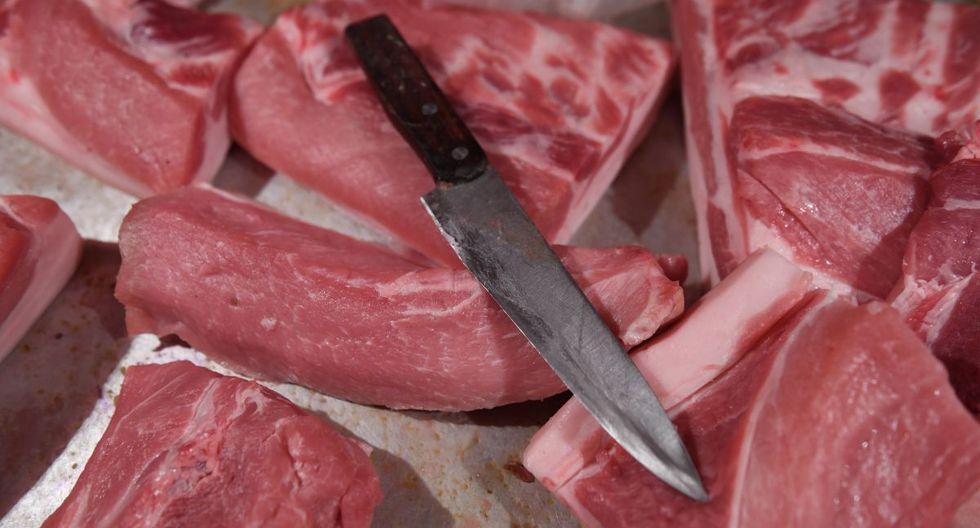 1. CARNE ROJA Y DE CERDO. La carne de res y cerdo puede permanecer en el refrigerador hasta por 5 días y puede congelarse de 4 a 12 meses (Foto: AFP)