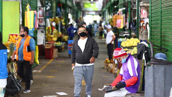 Los centros de abastos aptos para funcionar son, el mercado Condevilla (San Martin de Porres), Mercado Ciudad de Dios (San Juan de Miraflores), Mercado Mayorista de Frutas (La Victoria), exmercado Central (Cercado de Lima), todas reabiertas al 100%. (Fotos: Hugo Curotto/GEC)