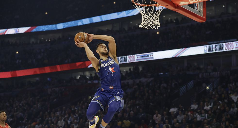 Ben Simmons of the Philadelphia 76ers dunks during the first half of the NBA All-Star basketball game Sunday, Feb. 16, 2020, in Chicago. (AP Photo/Nam Huh)