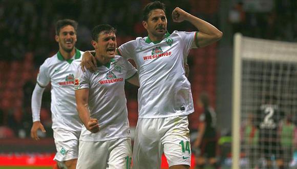 Pizarro y los elogios en Twitter: hasta Podolski lo felicitó