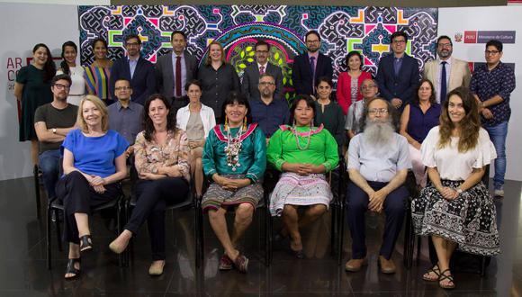 Delegación peruana que visitará ARCOmadrid 2019 (Foto: Ministerio de Cultura)