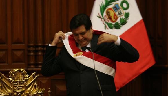 LIMA, 28 DE JULIO DEL 2006EN EL MARCO DE LAS CEREMONIAS PROGRAMADAS EN CONMEMORACION DEL 185 ANIVERSARIO DE LA INDEPENDENCIA DEL PERU SE REALIZO LA SESION SOLEMNE DE TRANSMISION DE MANDO 2006, EN EL CONGRESO DE LA REPUBLICA. EN LA IMAGEN: EL PRESIDENTE ALAN GARCIA PEREZ FOTO: ENRIQUE CUNEO / EL COMERCIO