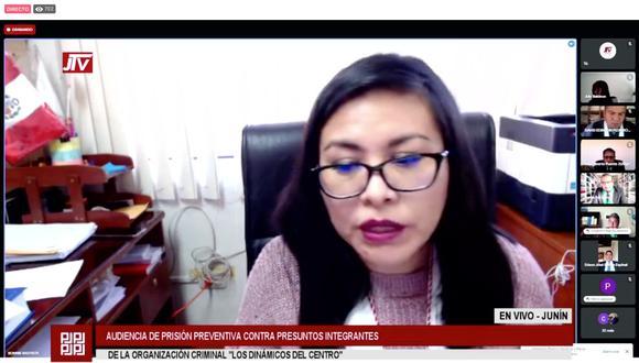 La fiscal Bonnie Bautista sustenta el pedido de prisión preventiva desde el sábado. (Foto: captura)