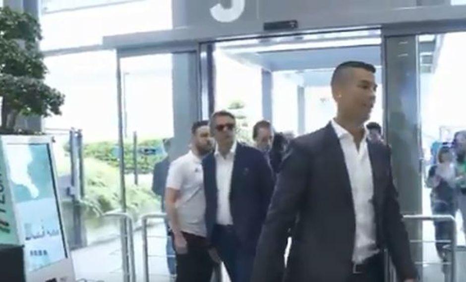 Cristiano Ronaldo acaba de demostrar su compromiso con la Juventus cantando el estribillo de un himno popularizado por los seguidores del club bianconero. (Foto: captura de pantalla)