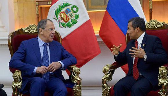 Volviendo a comprar armas a Rusia, por Cecilia Valenzuela