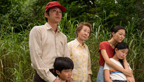 """Los protagonistas de """"Minari"""", Steven Yeun, Han Ye-ri y  Alan S. Kim, son la esencia de la película, pero resaltan las actrices de reparto Noel Cho y Yuh-Jung Youn. (Foto: Josh Ethan Johnson/Elevation Pictures)"""