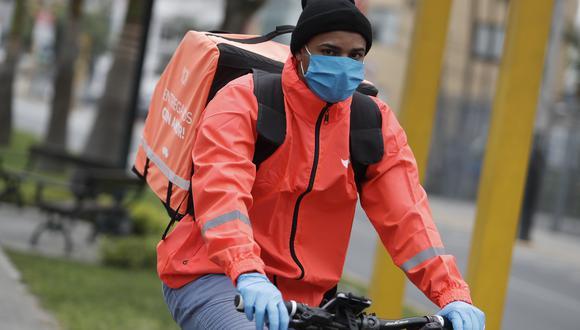 Repartidores de Rappi en primer día de operaciones. (Foto: César Campos/El Comercio)
