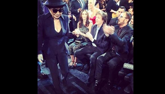 La foto de Yoko Ono y los Beatles que dejó los premios Grammy