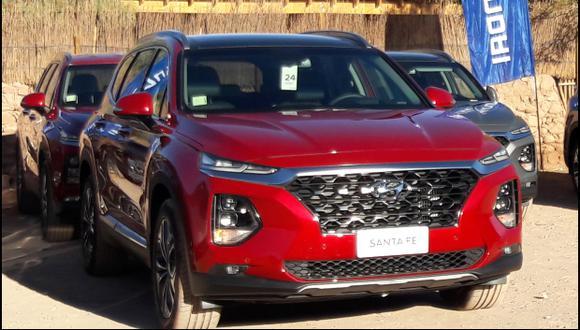 Hyundai Santa Fe representa el 6% de las ventas de vehículos para pasajeros de la marca y el 16% de la venta de SUV; mientras que en el mercado es la de mayor participación y la más vendida dentro de su segmento con un 14%.