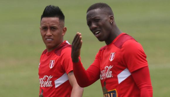 Christian Cueva y Luis Advíncula están en el segundo grupo de jugadores que llegará a Lima este lunes. (Foto: GEC)