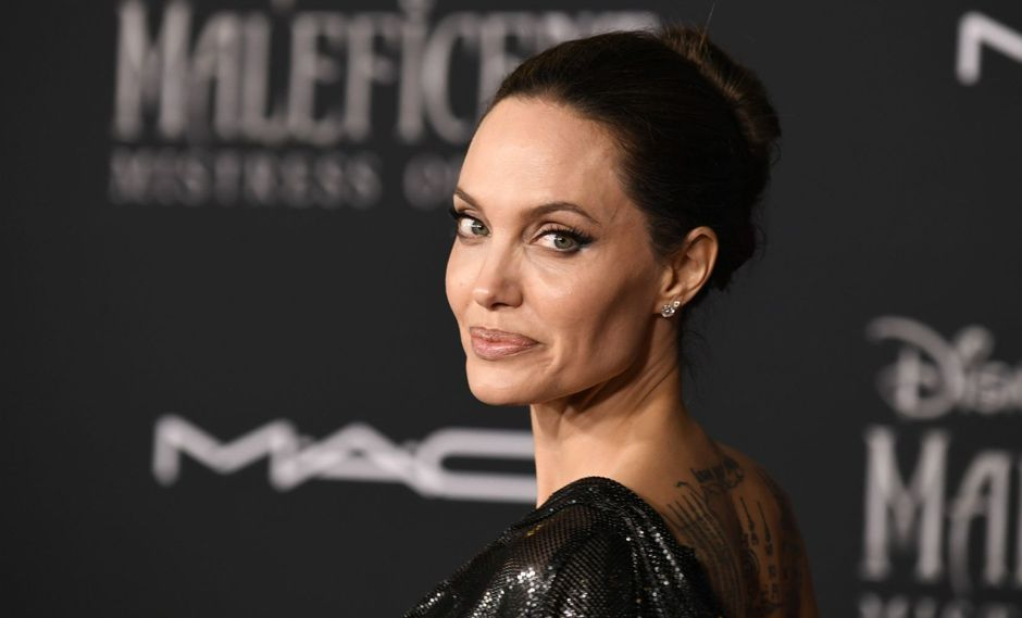 "LOS ANGELES, CALIFORNIA - SEPTEMBER 30: Angelina Jolie attends the World Premiere Of Disney's Maleficent: Mistress Of Evil"" - Red Carpet at El Capitan Theatre on September 30, 2019 in Los Angeles, California.   Frazer Harrison/Getty Images/AFP