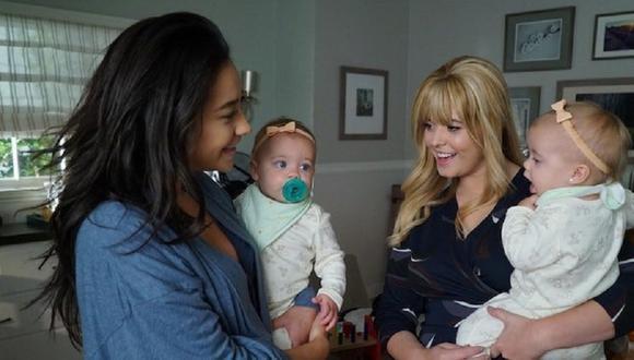 ¿Cómo explicaron que Alison vaya a una nueva ciudad sin Emily y sus bebés? (Foto: Freeform)