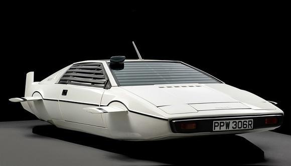 El modelo que planea Musk para Tesla estaría inspirado en el Lotus Espirit de 1977 protagonista de la película de James Bond.