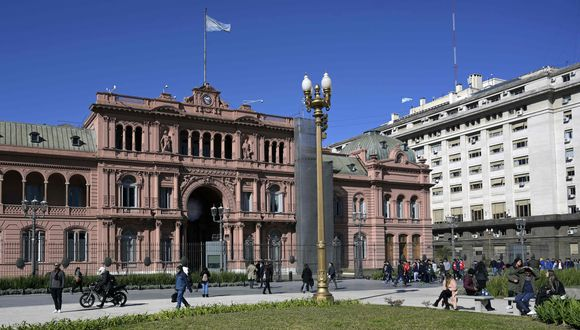 Conozca aquí a cuánto se cotiza el dólar en Argentina. (Foto: AFP)