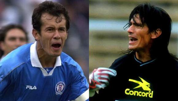 Juan Reynoso (Cruz Azul) y Ángel Comizzo (Club León) se midieron en la final del Torneo de Verano 1997 del fútbol mexicano.