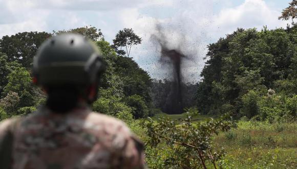Pasco: supervisaron destrucción de pistas de aterrizaje clandestinas usadas por el narcotráfico (Foto: Ministerio de Defensa)