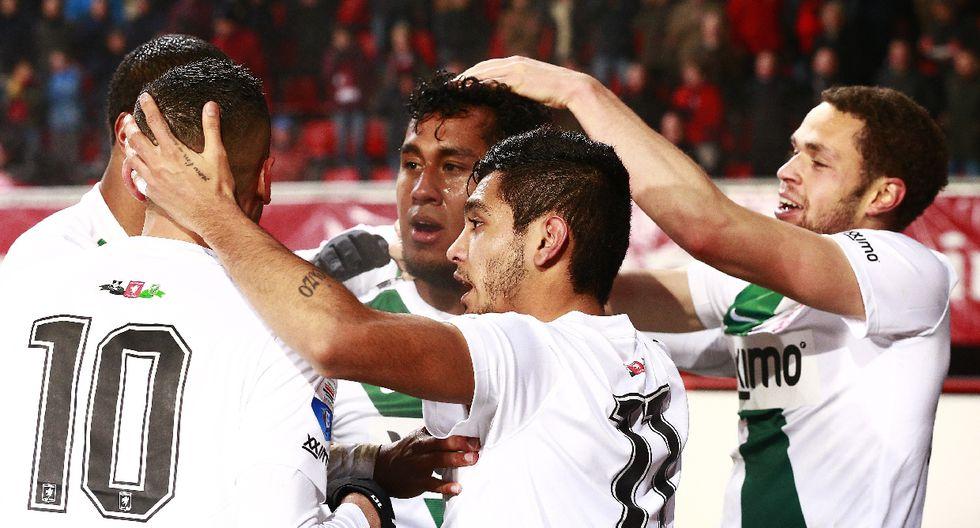 Renato Tapia acapara la atención con su gol en el FC Twente - 3