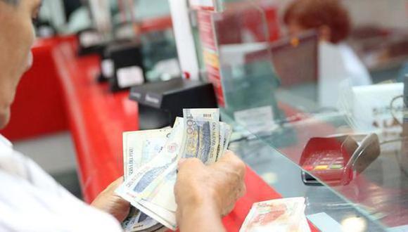El plazo para cobrar el subsidio económico, Bono 600, se amplió hasta el 31 de agosto del presente año. (Foto: Andina / Referencial)