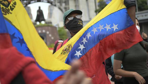 Sepa aquí a cuánto se cotiza el dólar en Venezuela este 13 de mayo de 2021. (Foto: AP)