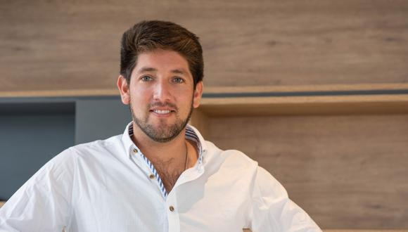 Urquiaga comenzó en el negocio inmobiliario con apenas 23 años y un préstamo familiar. Su disciplina ha sido fundamental, destaca.