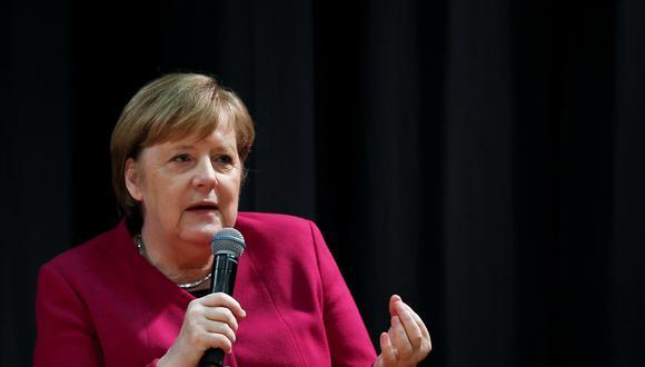 Merkel dijo asimismo que los coches fabricados en Baviera no representaban una mayor amenaza que los mismos vehículos producidos en Carolina del Sur. (Reuters)