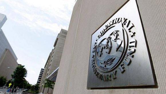 FMI ve riesgos en Perú por tensiones mineras y alza del dólar