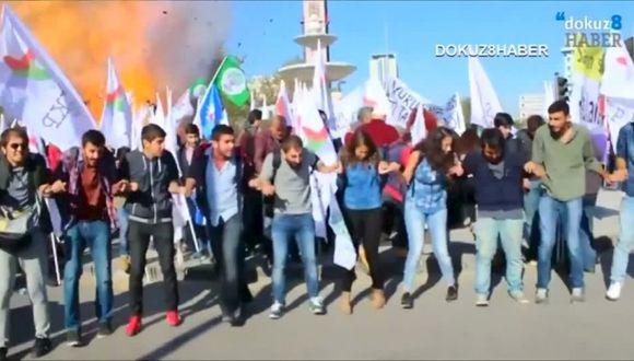 Atentado en Turquía: momento exacto de los bombazos [VIDEOS]