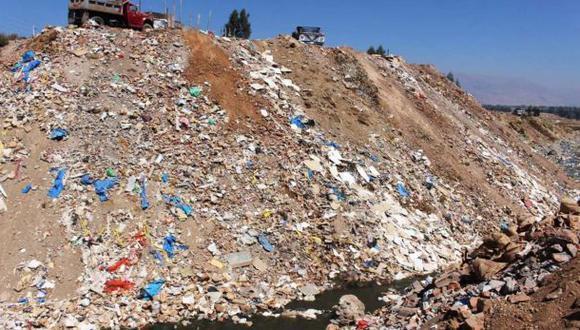 Personas que arrojen basura a río Shullcas serán multadas