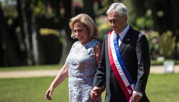 El presidente de Chile, Sebastián Piñera, y su esposa Cecilia Morel son vistos en una ceremonia en la ciudad de Valparaíso, el 11 de marzo de 2018. (Christian Miranda / AFP).