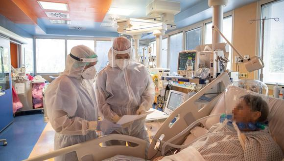Roma (Italy), 27/10/2020.- The intensive care unit of the COVID-19 hospital of Casal Palocco during the second wave of the Covid-19 Coronavirus pandemic, in Rome, Italy, 27 October 2020. (Italia, Roma) EFE/EPA/EMANUELE VALERI