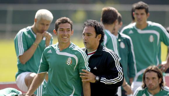 El ídolo del Real Madrid llegó a dirigir a la selección de su país. (Foto: AFP)