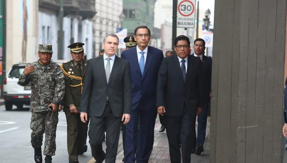 Vizcarra justificó la ausencia de sus ministros en Constitución por no existir las condiciones para la reforma política. (Foto: Alessandro Currarino / GEC)