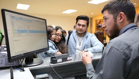 Con la TAM Virtual, los pasajeros de vuelos internacionales no tendrán que llenar más el citado formulario. (Foto: Migraciones)