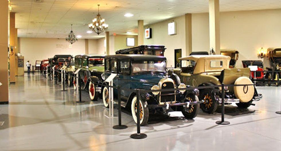 1. Antique Automobile Club of America Museum.