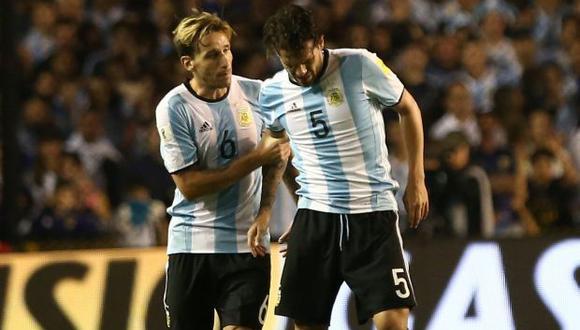 Ferando Gago en el duelo contra Perú por las Eliminatorias sudamericanas. (Foto: Reuters)