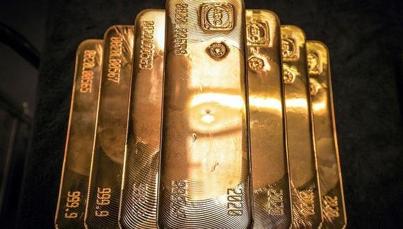 El oro al contado subía un 0,3% a US$1.865,65 la onza, mientras que los futuros del oro en Estados Unidos operaban estables en US$1.870,90. (Foto: AFP)