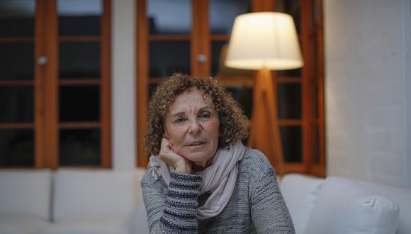 """La poeta Giovanna Pollarolo ha publicado un ensayo dedicado a la figura de Blanca Varela en el libro """"25 peruanos del siglo XX"""". Foto: Hugo Pérez"""