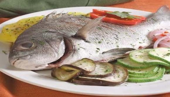 Pescado al horno con vegetales