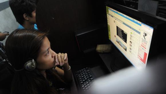 No más del 35% de familias tienen Internet en sus casas, indicó Leonie Roca, presidenta de la Asociación para el Fomento de la Infraestructura (AFIN). (Foto: Archivo)