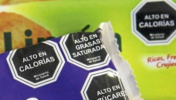 Las advertencias informan sobre el contenido de los alimentos. (Foto: GEC)