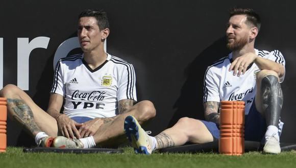 """Ángel Di María consideró que el tiempo que pasa con Messi en la selección se la """"hace muy poco"""". (Foto: AFP)"""