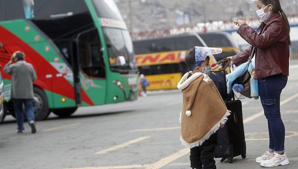 Los días jueves 1, viernes 2 y sábado 3 de abril estará suspendido el transporte interprovincial de pasajeros, tanto terrestre como aéreo, por la cuarentena de Semana Santa | Foto: César Campos / El Comercio