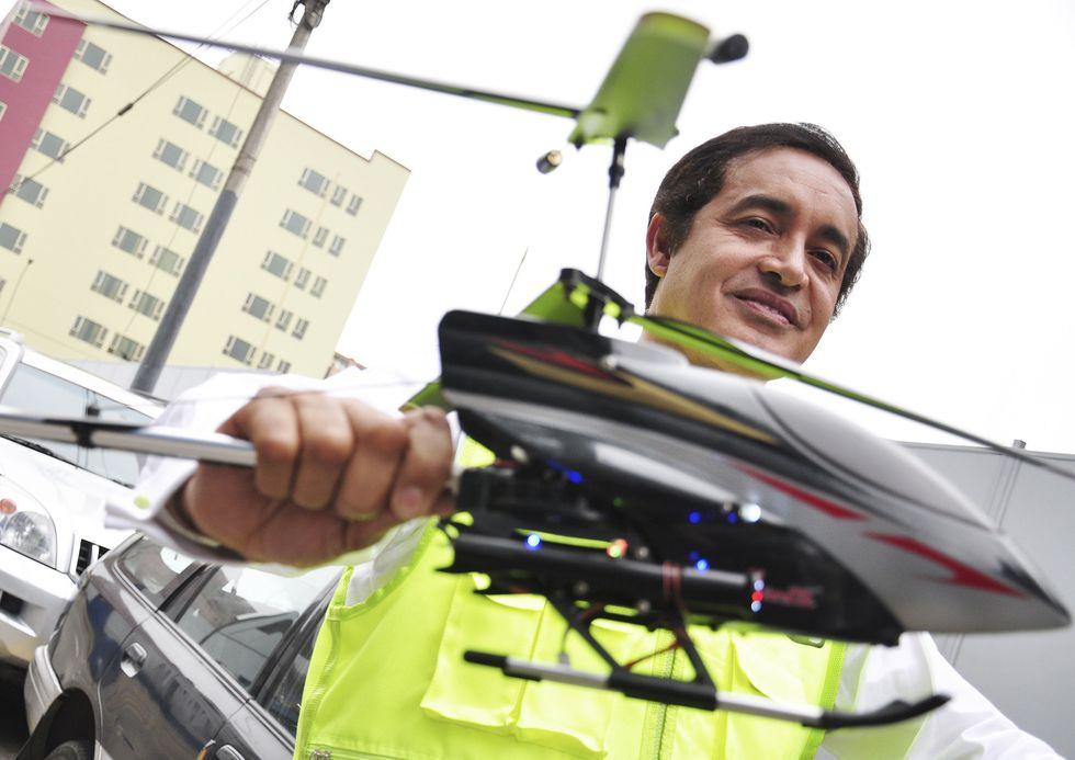 Álex Gonzáles bautizó su propuesta de helicópteros como 'Toco Toco' (Alessandro Currarino / Archivo El Comercio)
